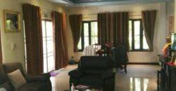 spacieuse villa avec piscine sur 2 niveaux, 3 Chambres, proche des plages et des commerces, à vendre à Khao Lak