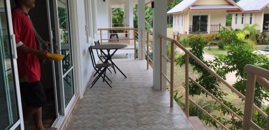 Pour investisseur, resort de 8 bungalows, proche des belles plages de white sand beach, à vendre.