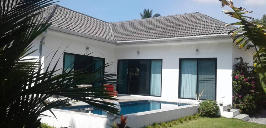 Nice pool villa with 2 bedroom, situated 3 km from the beaches.
