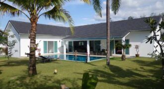 Beautiful Pool Villa for Sale in Khaolak