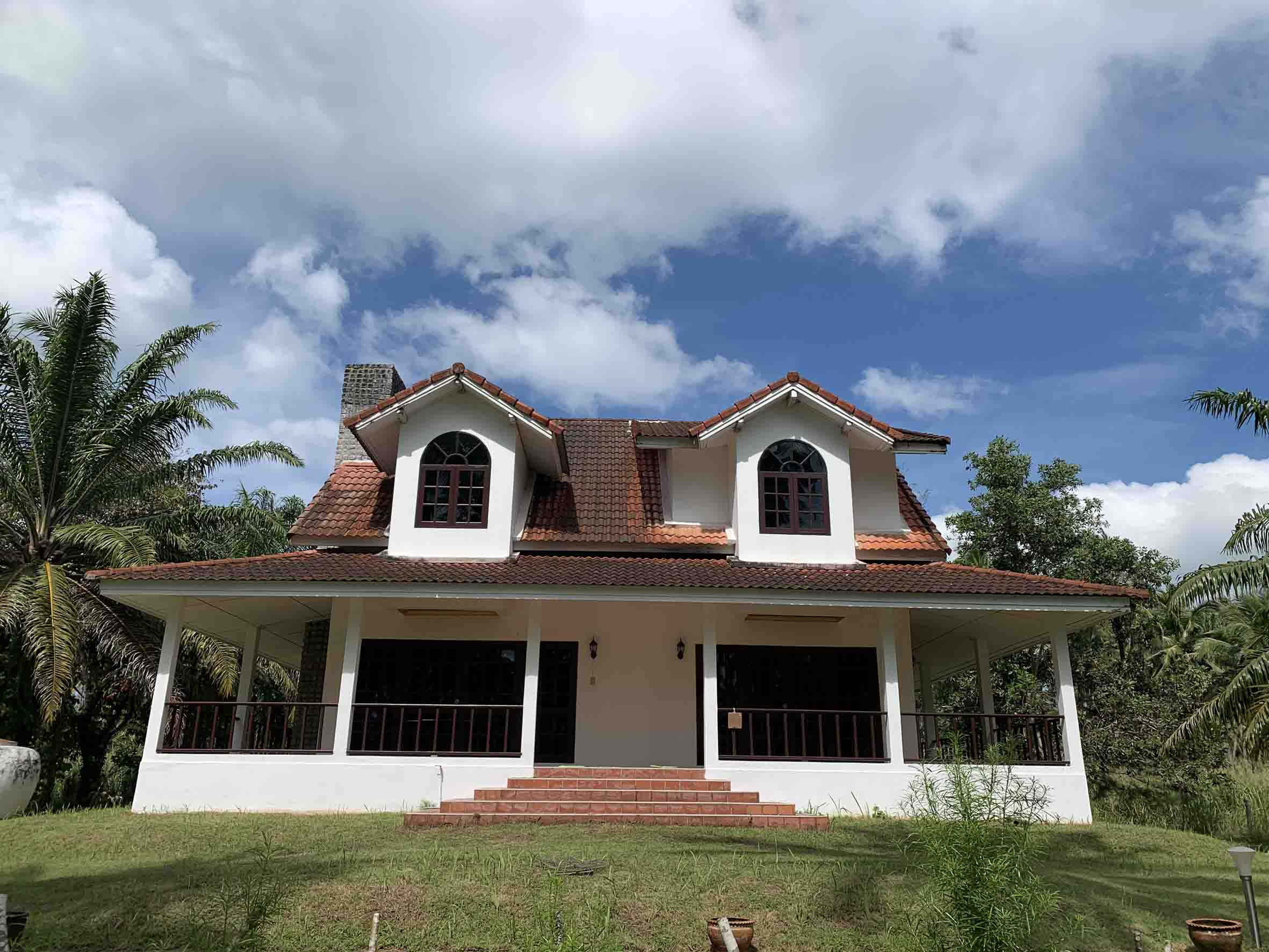 Charming House, 3 Bedrooms, on a beautiful property of 4820m2, for sale in Khao Lak