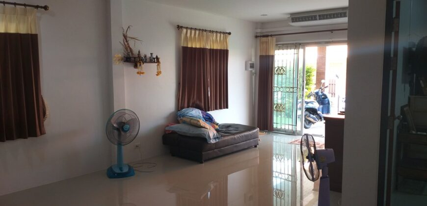 spacious 2 storey villa, 3 Bedrooms, close to the beach and shops, for sale in Khao Lak