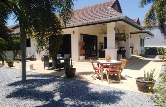 House for sale in convenient area of Bang Niang Khaolak